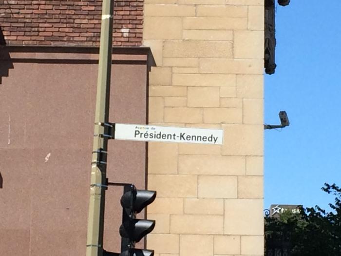 Avenue du Président Kennedy, not far from our apartment