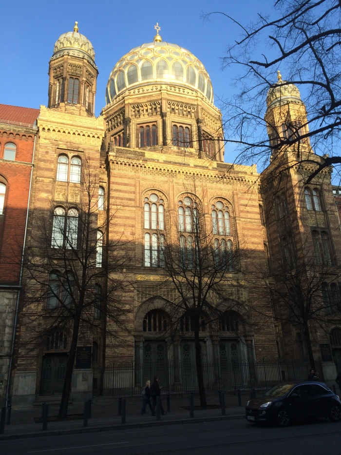 The New Synagogue survived Kristallnacht but was mostly destroyed during WW II.  Its facade and dome have been rebuilt.